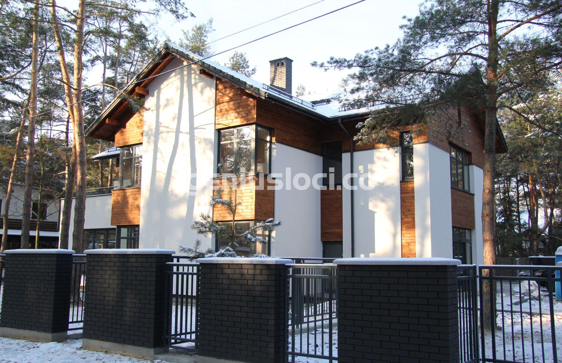 Dom przy ulicy Piaskowej wJózefowie